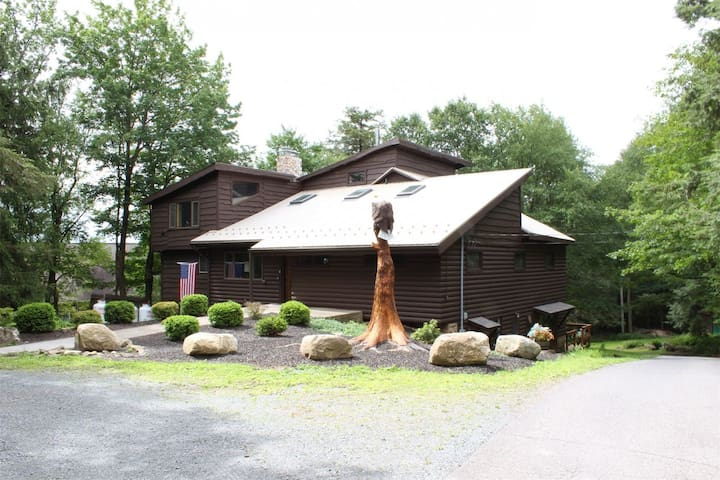 The Lodge of Eagles Mere