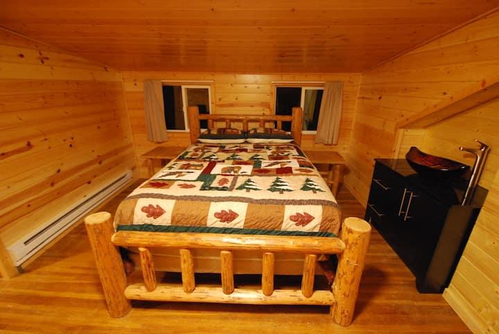 Black Bear Lodge Room