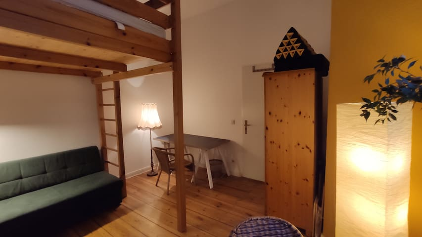 Freshly renovated room in central location