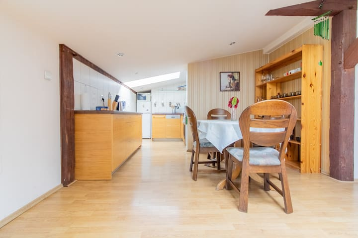 Big 120m2 Bright and Comfy apartment•Old Town
