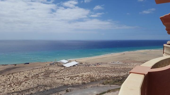 THE PARADISE ON THE OCEAN 7