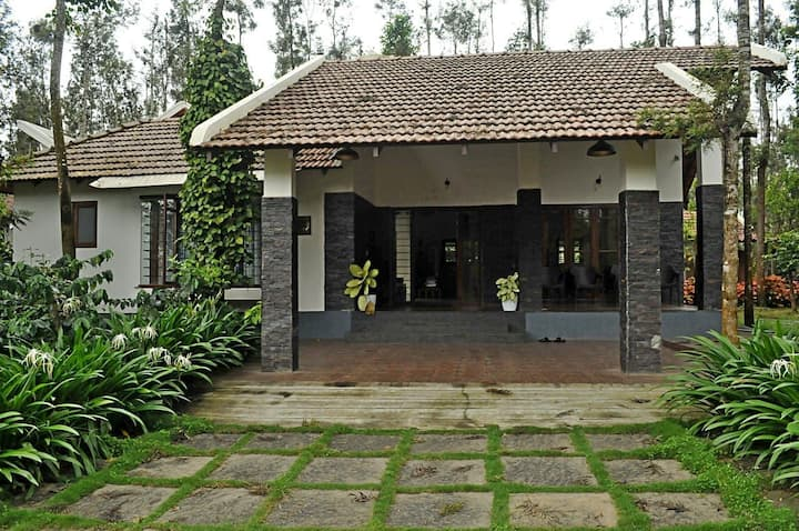 Jungle Trailz Chikmagalur (One Bungalow Room)