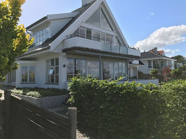 Unique location with private beach (north of CPH)