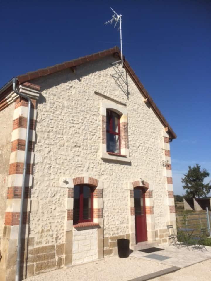 STUDIO au calme en Rez de Chaussée de la Longère.