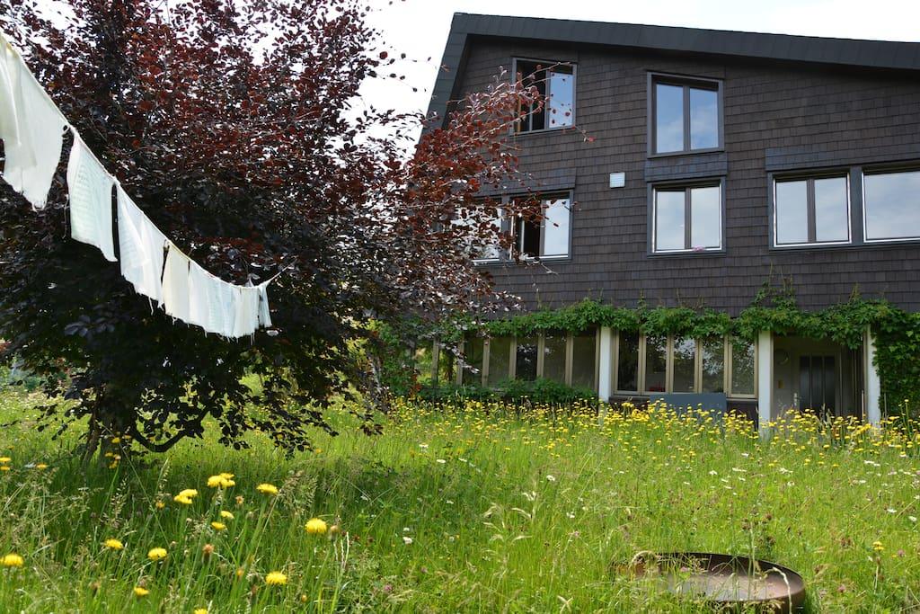 Kleine Oase oberhalb von Trogen mit Garten und Weitsicht