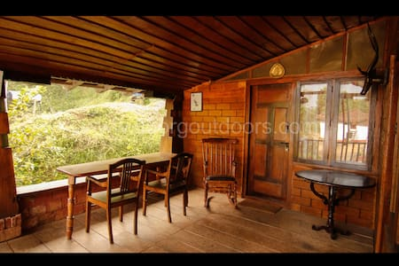 Keemalekad Estate Bungalow, Coorg (private room 1)