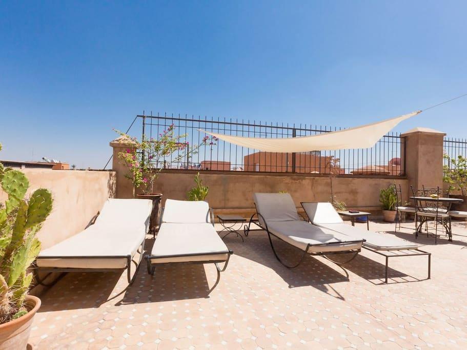 Appartement de standing piscine sur le to t for Appartement piscine marrakech