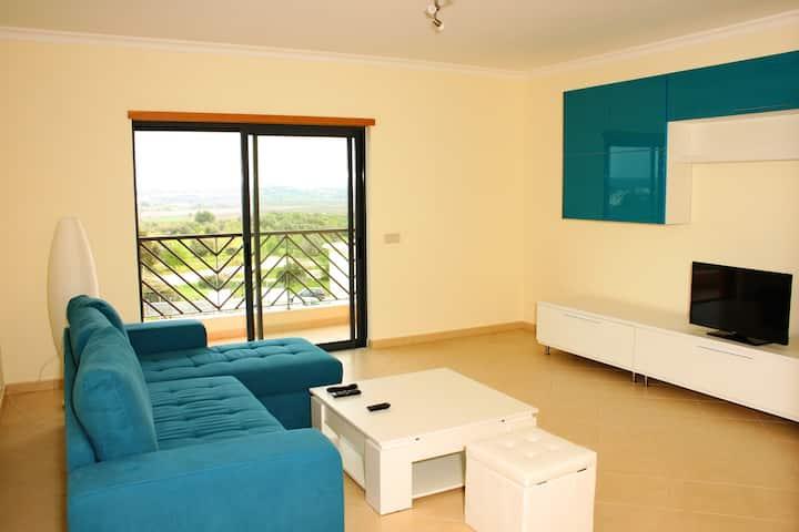 Sunny Apartment near Portimao and Lagos