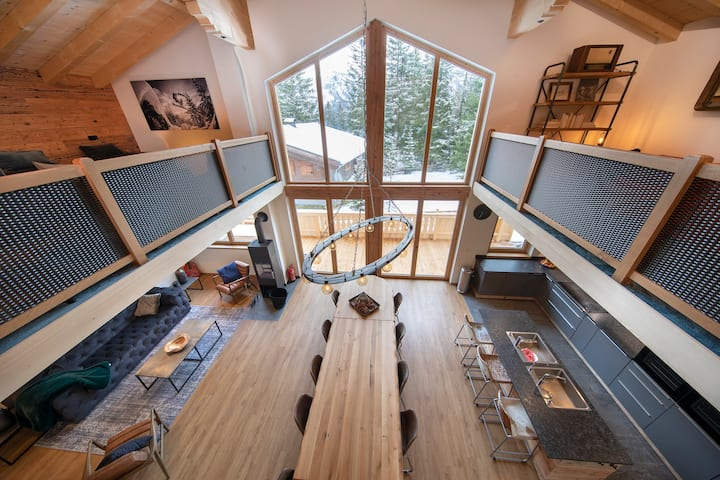 Chalet Zillertal Arena XL, spacious lodge up to 26