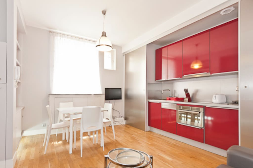 Summer offer cosy 2 pieces 45m2 champs elysees for Appartement 45m2 design