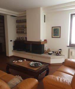 Accogliente appartamento con camino - San Vito