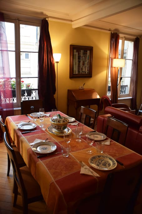 For your Parisian dinner parties. Table seats 6-8 comfortably, can be extended to seat 14.