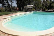 Beautiful restored Tuscan country house with pool
