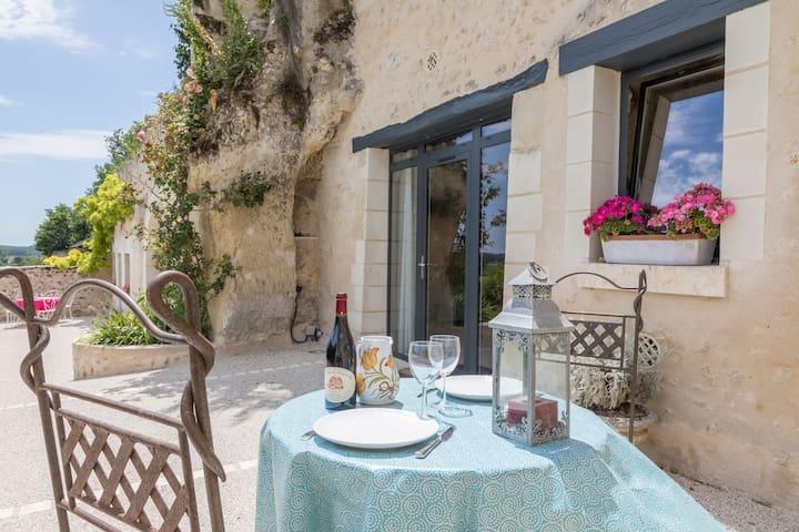 Charming troglodyte house near Amboise