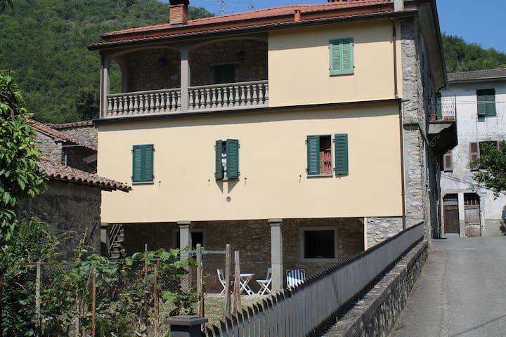 Casa nel Borgo di Tavernelle - Tavernelle - Loft