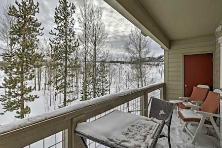 2BR Silverthorne Condo - Minutes from Skiing! - Silverthorne