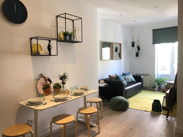 Incredible triple apartment in Atocha, 3A
