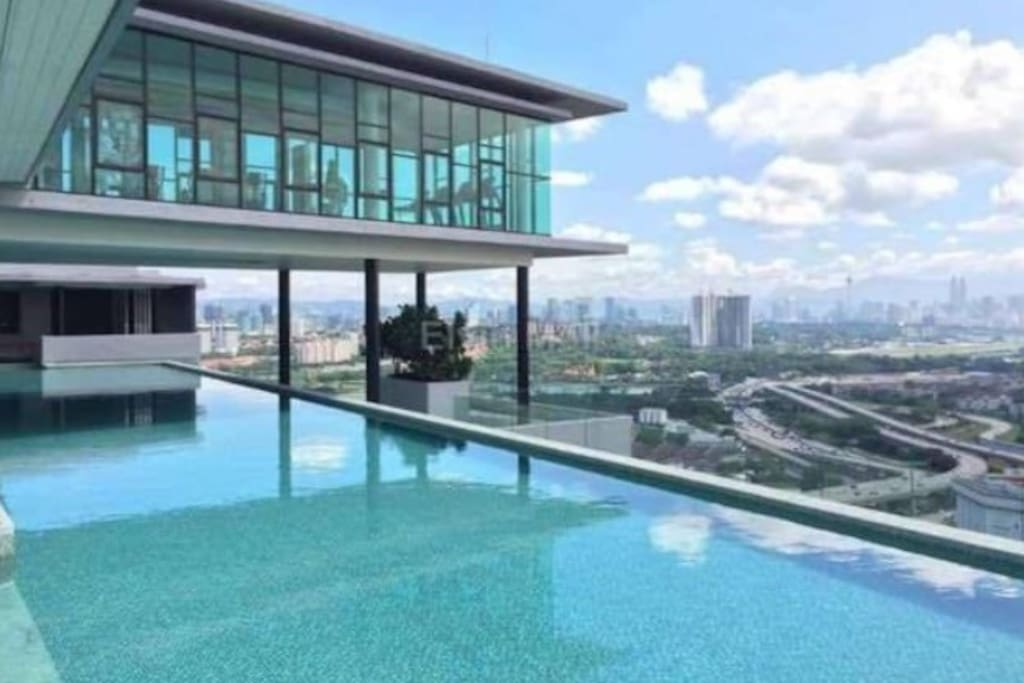 Infinity pool-day time view..
