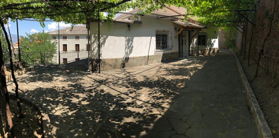 Villa in the center of the old bazaar.