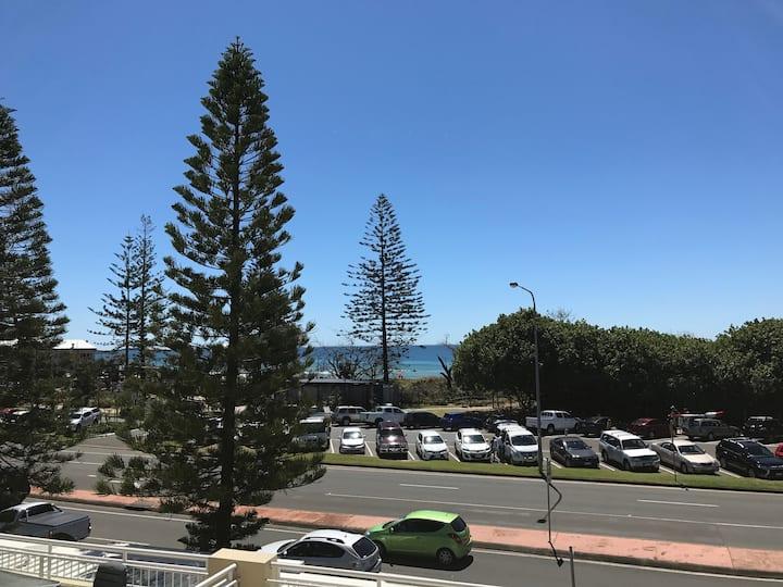 Sunshine Coast 1 Bedroom resort unit