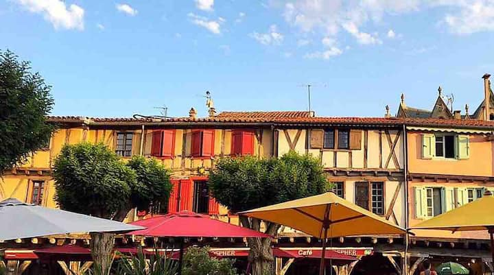 Bastide center Mirepoix bed and breakfast labyrint