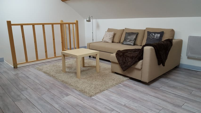 Appartement entier meublé en duplex