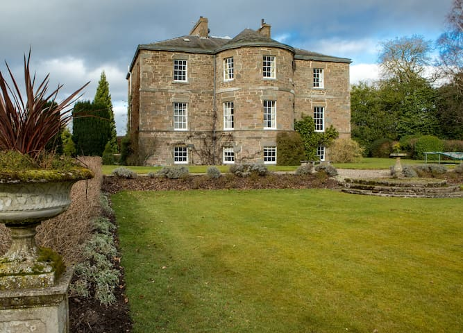 Seasyde House, Carse of Gowrie, Perthshire