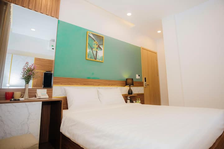 Westlake Hotel - Double room with 2 windows