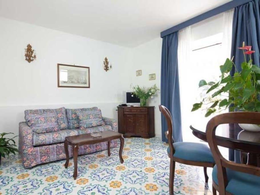 Leaving room/ Soggiorno