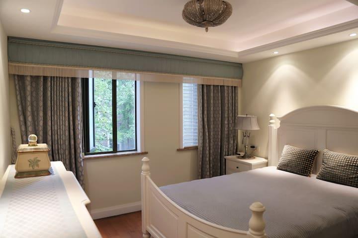 卧室1-Bedroom