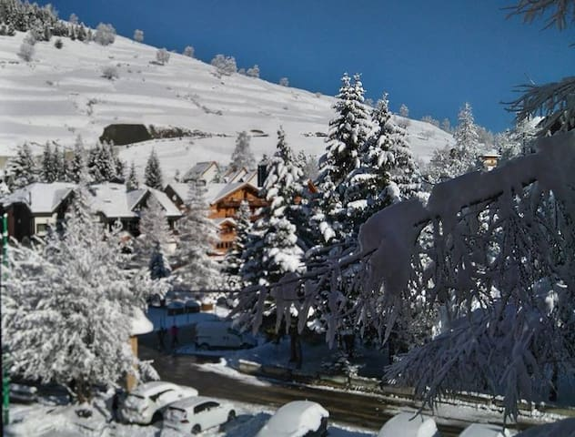 Nice flat at the foot of the slopes