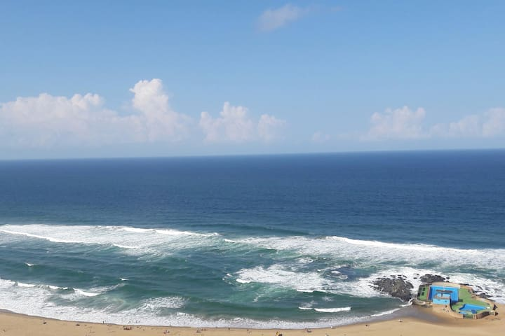High Tide Holiday Apartment Amanzimtoti