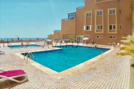 IMOURAN Luxury flat Free | WiFi,POOL,Car park |