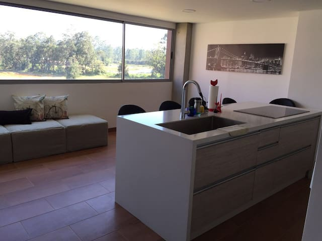 Brand New 1 Bedroom Apartment 10 min to Airport - Rionegro - Apartamento