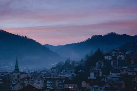 Enjoy the view at Apartma Rožica! - Apartemen