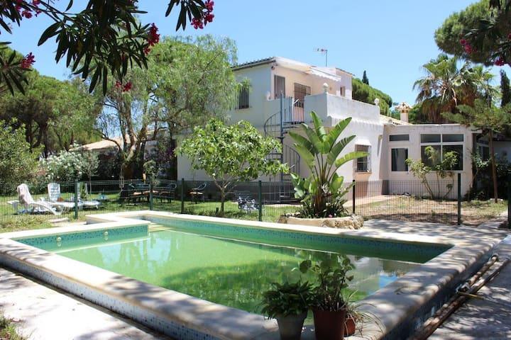 Villa andaluza en La Barrosa