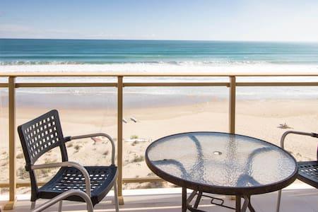 Sandy Beach I - Valencia