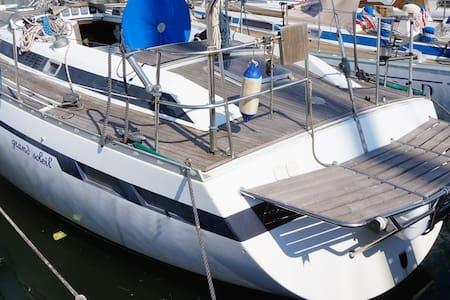 Barca Vela Grand Soleil 41 - Golfo dei poeti - Fezzano - Kapal