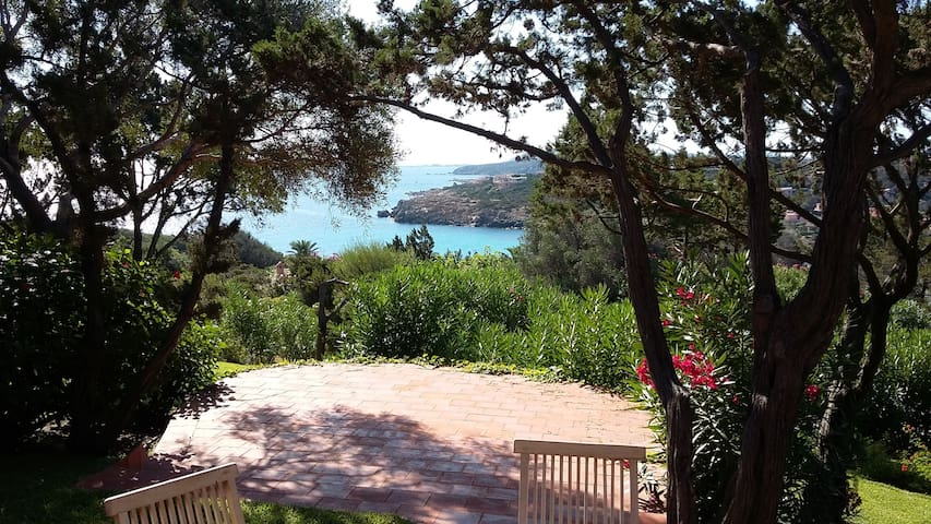 Sea view villa in Costa Smeralda