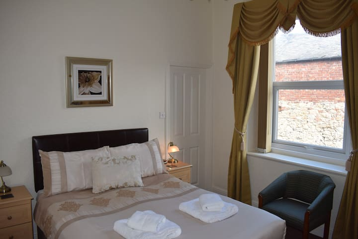 Standard Double Room in Cedar Lodge, Llandudno
