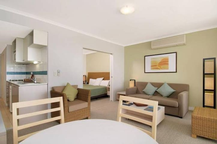 POOL DELIGHT - ETTALONG BEACH RESORT - Ettalong Beach - Daire