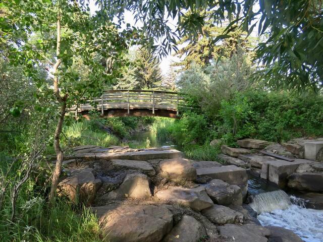 Close to Confederation Park