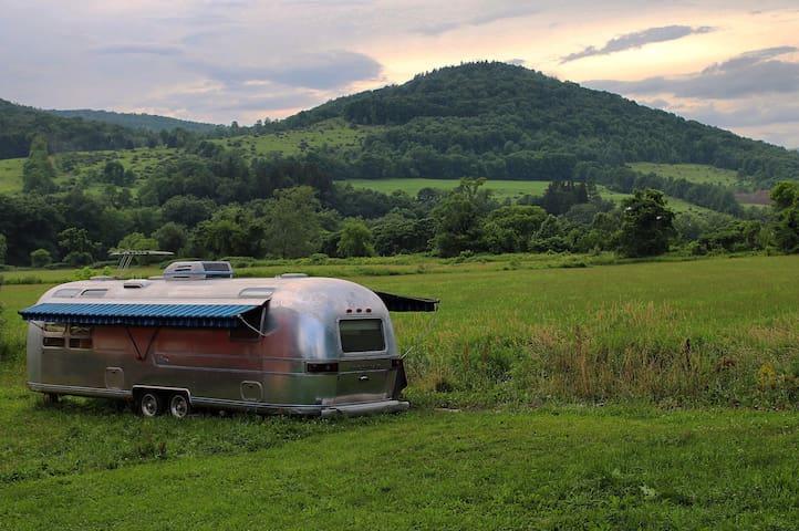 Riverside Airstream on active farm
