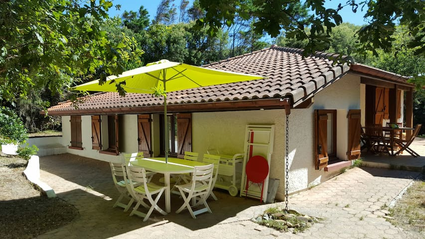 At 150m from Surf Beach, Hossegor cosy 5room House