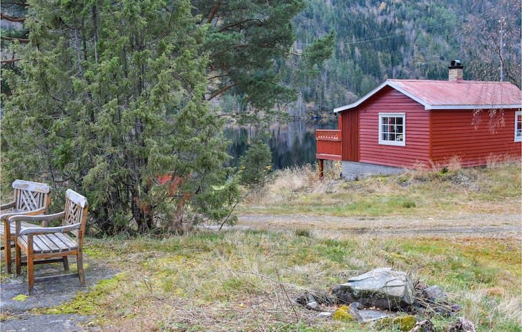 Holiday cottage with 1 bedroom on 35m² in Vråliosen