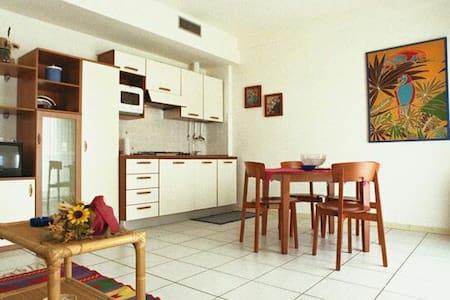 Magnifico appartamento sul mare. - Wohnung