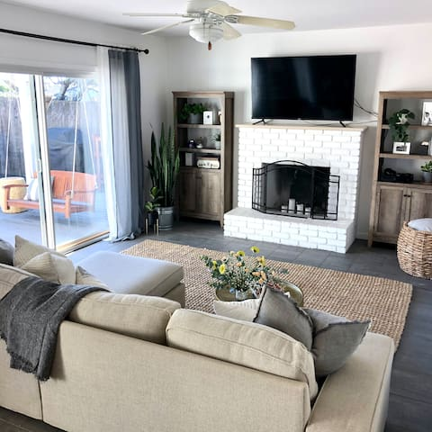 Cozy living area with large flat screen TV including access to multiple streaming networks.