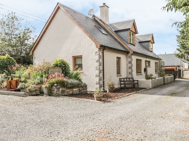 DOLCE CASA, family friendly in Grantown-On-Spey, Ref 987513