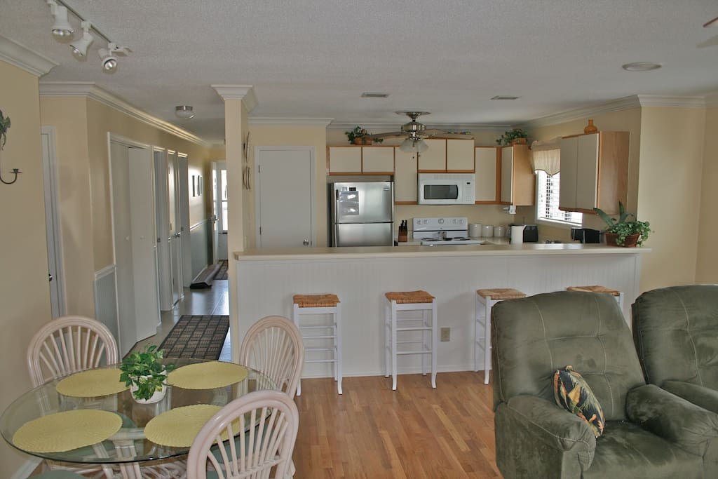 Dining Area/view of open kitchen