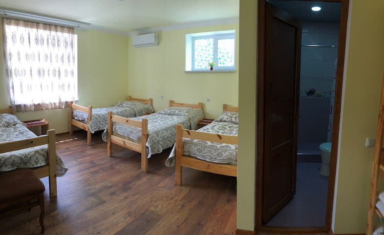 Areni Lodge Guest House 1